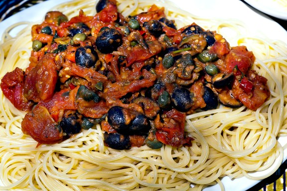 pasta olives putanesca