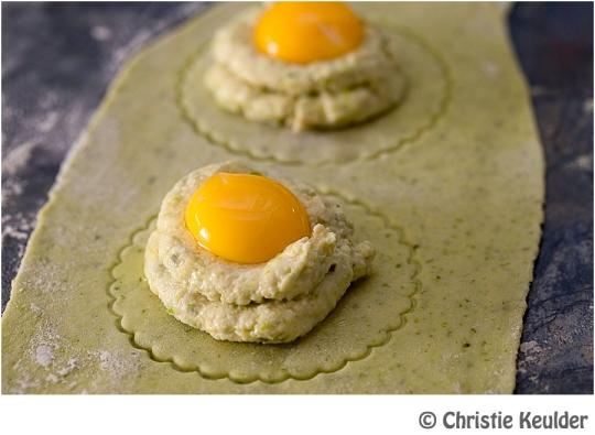 pasta ravioli asparagus egg