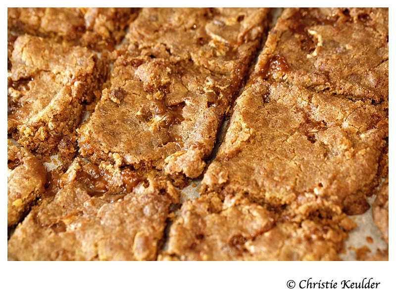 Momofuko cornflake-chocolate-chip marshmallow cookies