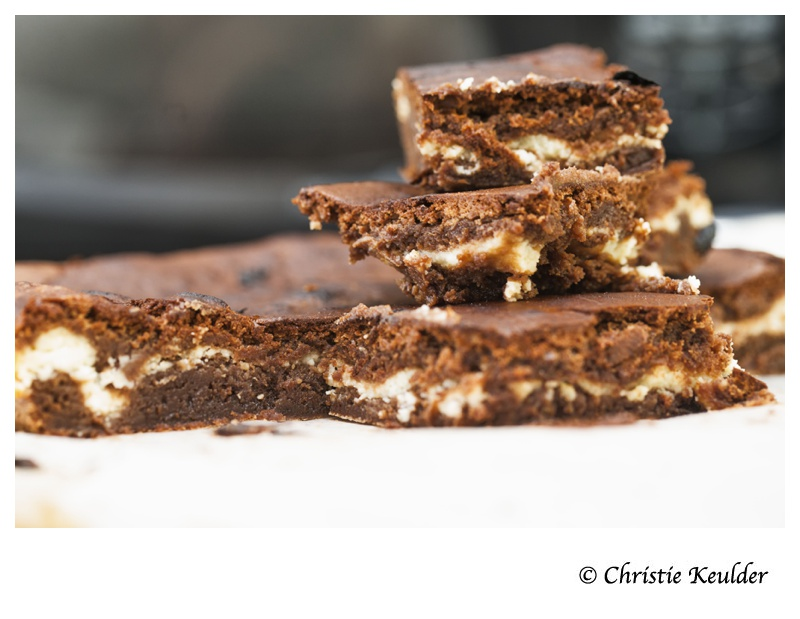 Chocolate brownies with fresh goat's cheese (Chèvre)