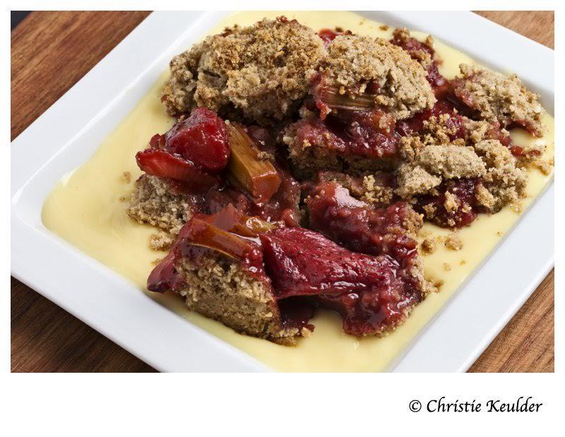 Rhubarb and Strawberry Crumble. PHOTO: CHRISTIE KEULDER
